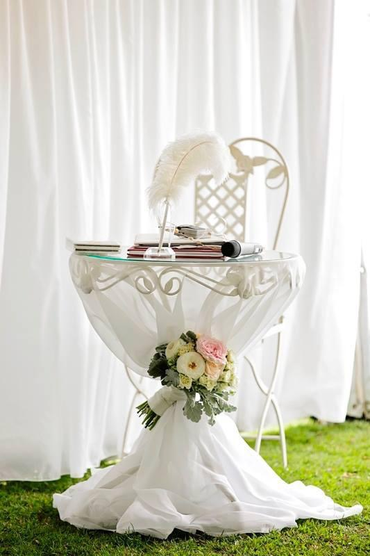 Signing Table with flower bouquet and chair