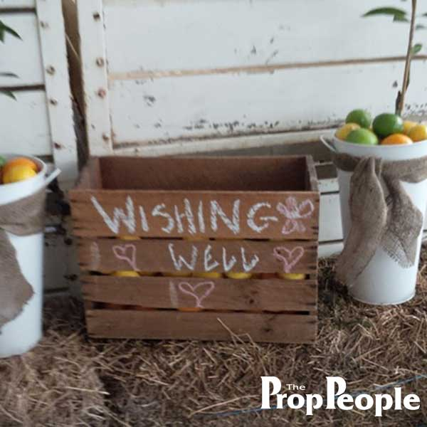 wooden wishing well wedding
